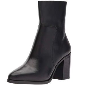 Steve Madden Women's Rewind Ankle Boot Black